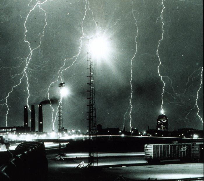 Solar Lightning And Lightning Protection
